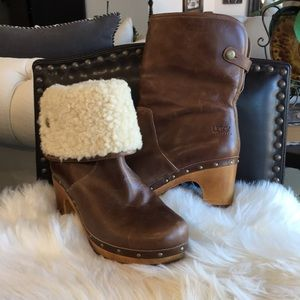 Ugg distressed leather  Booties 8US